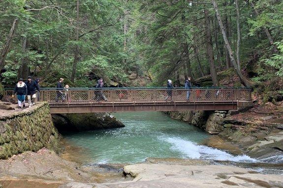 cedar falls hocking hills hike